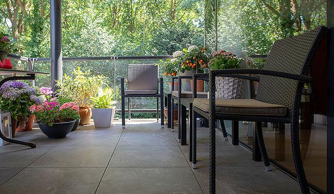 Vloer Voor Balkon : Nieuwe keramische vloer op balkons exclusieve dakterrassen